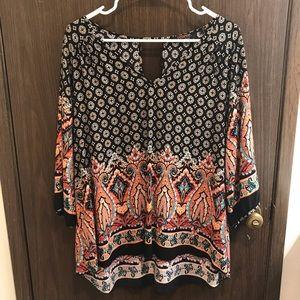 Paisley V-neck blouse with keyhole back